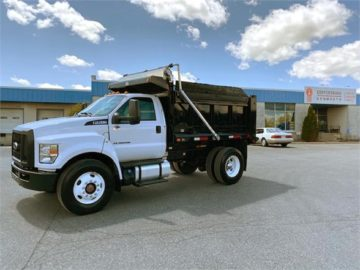 2018 FORD F750